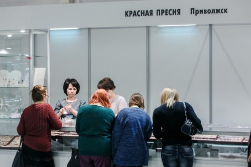"""This year, there are very many wholesale customers here,"" says Tatyana M. Orekhova, head of the Marketing Department of Krasnaya Presnya Privolzhsky Jewellery Factory CJSC about the exhibition"
